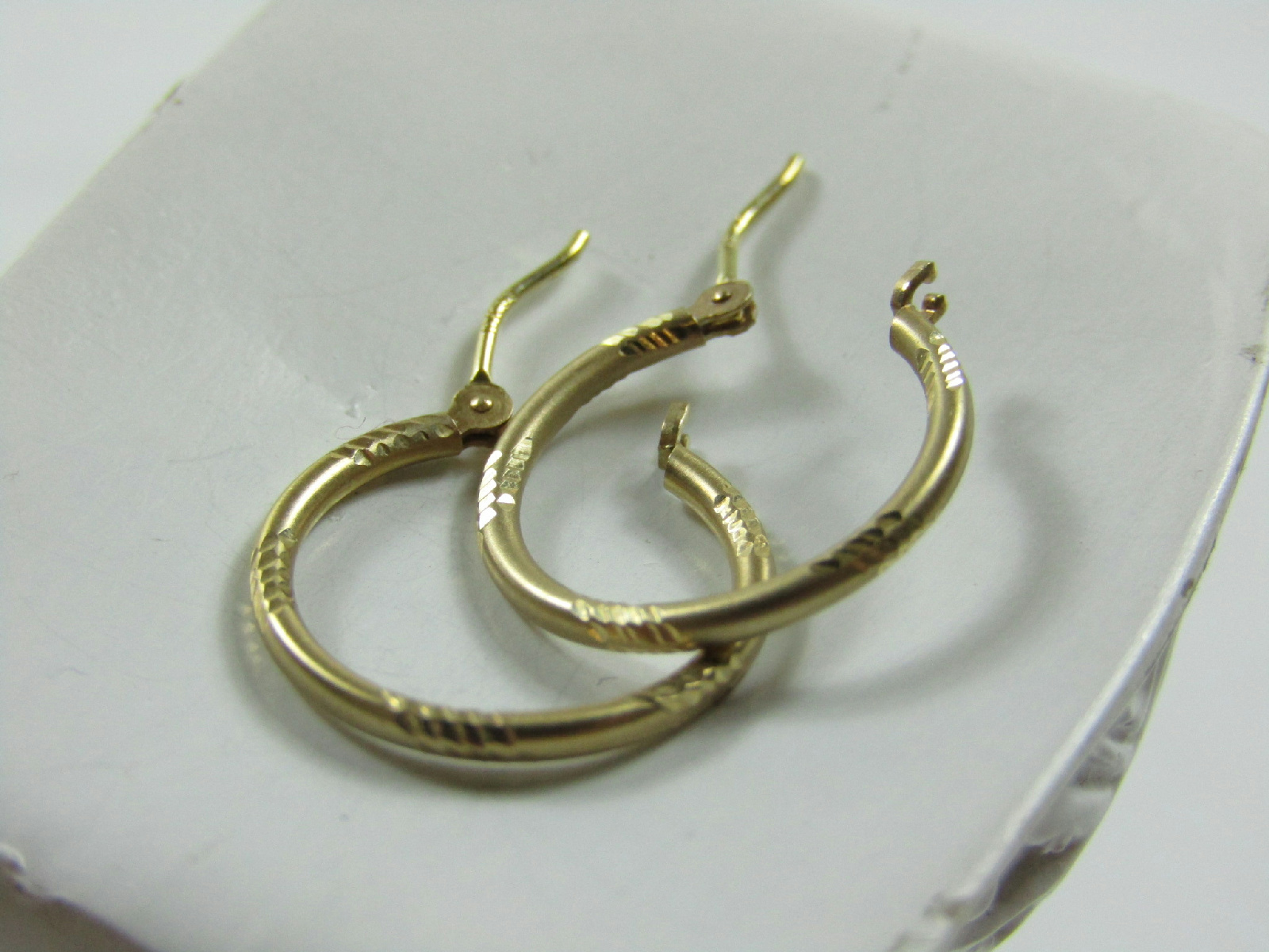 small thin gold hoop earrings 10kt marked yellow gold jewelry etched design small thin 3730