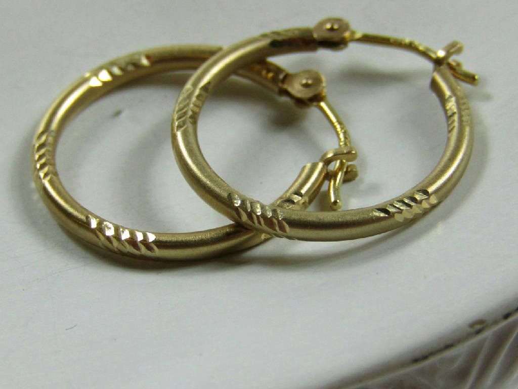 small thin gold hoop earrings 10kt marked yellow gold jewelry etched design small thin 4339