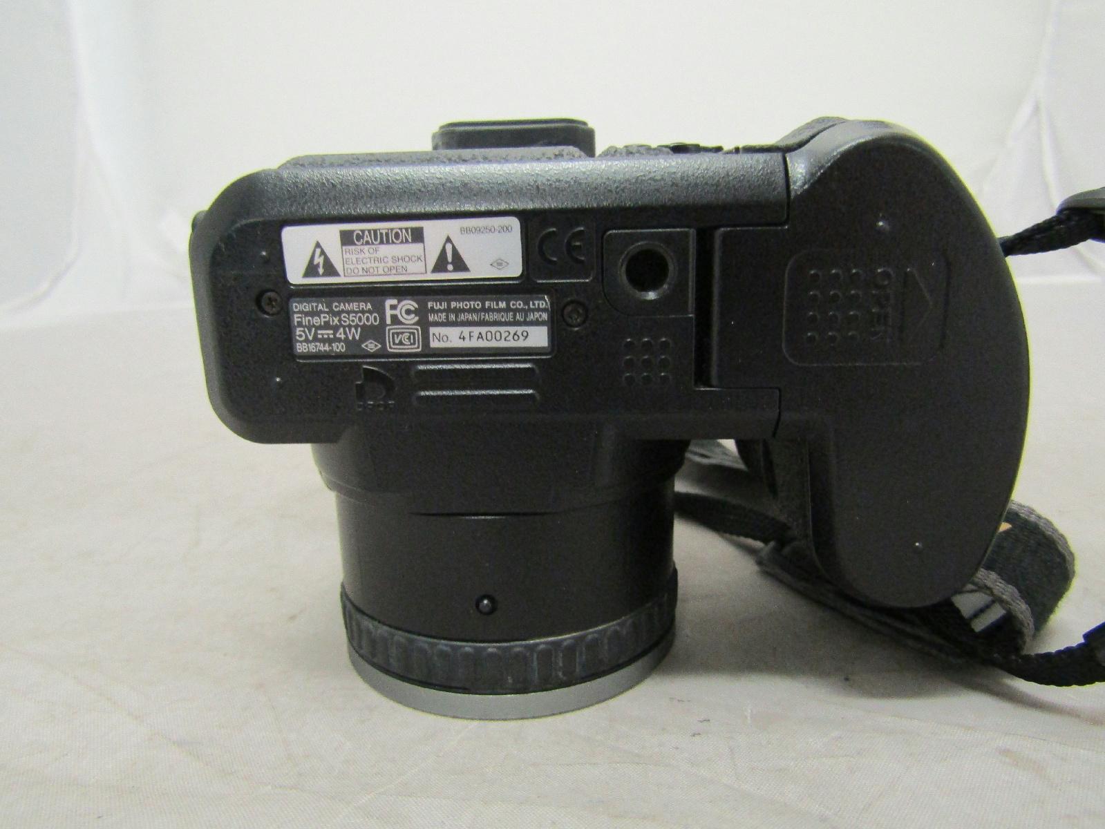 Fujifilm finepix s5000 digital camera 10x optical zoom 2 for Finepix s5000 prix