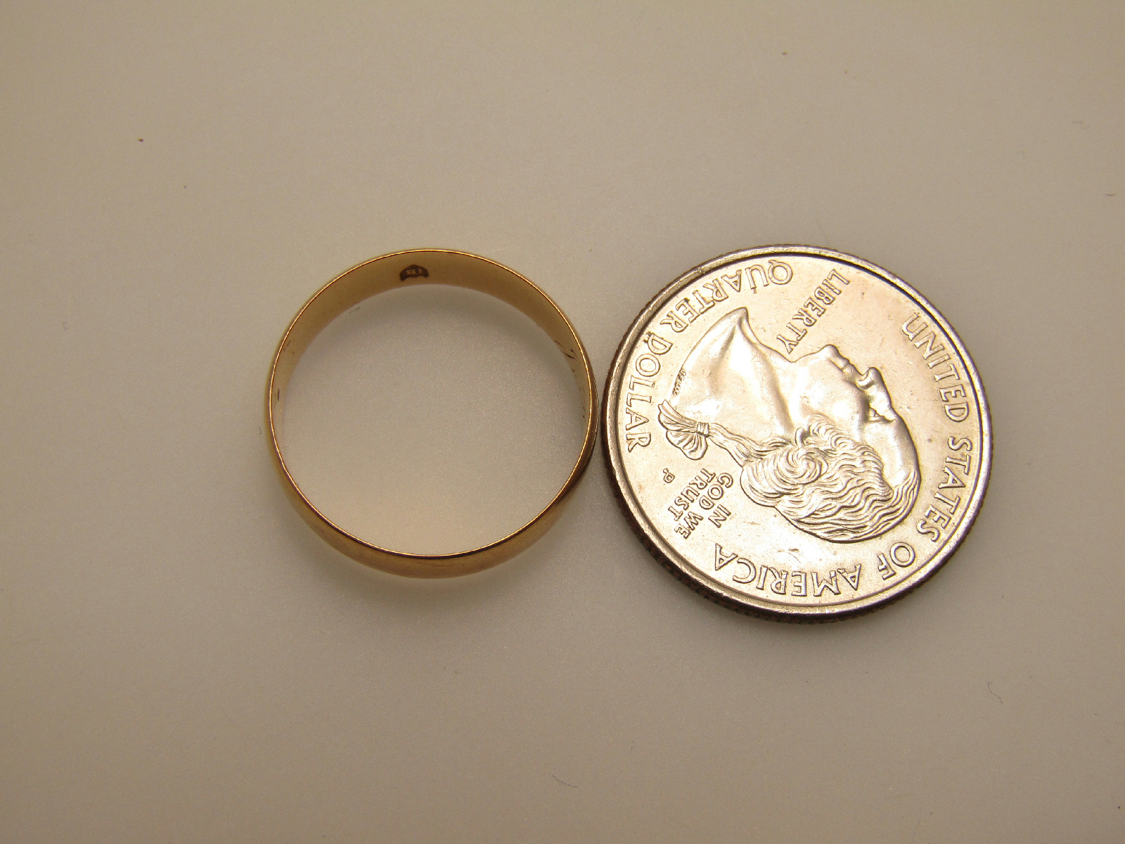 18k yellow gold jewelry wedding band ring simple engraved