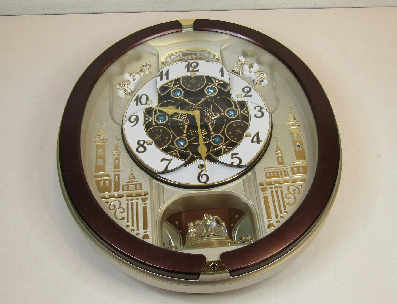 Seiko Musical Melodies In Motion Round Wall Clock 18
