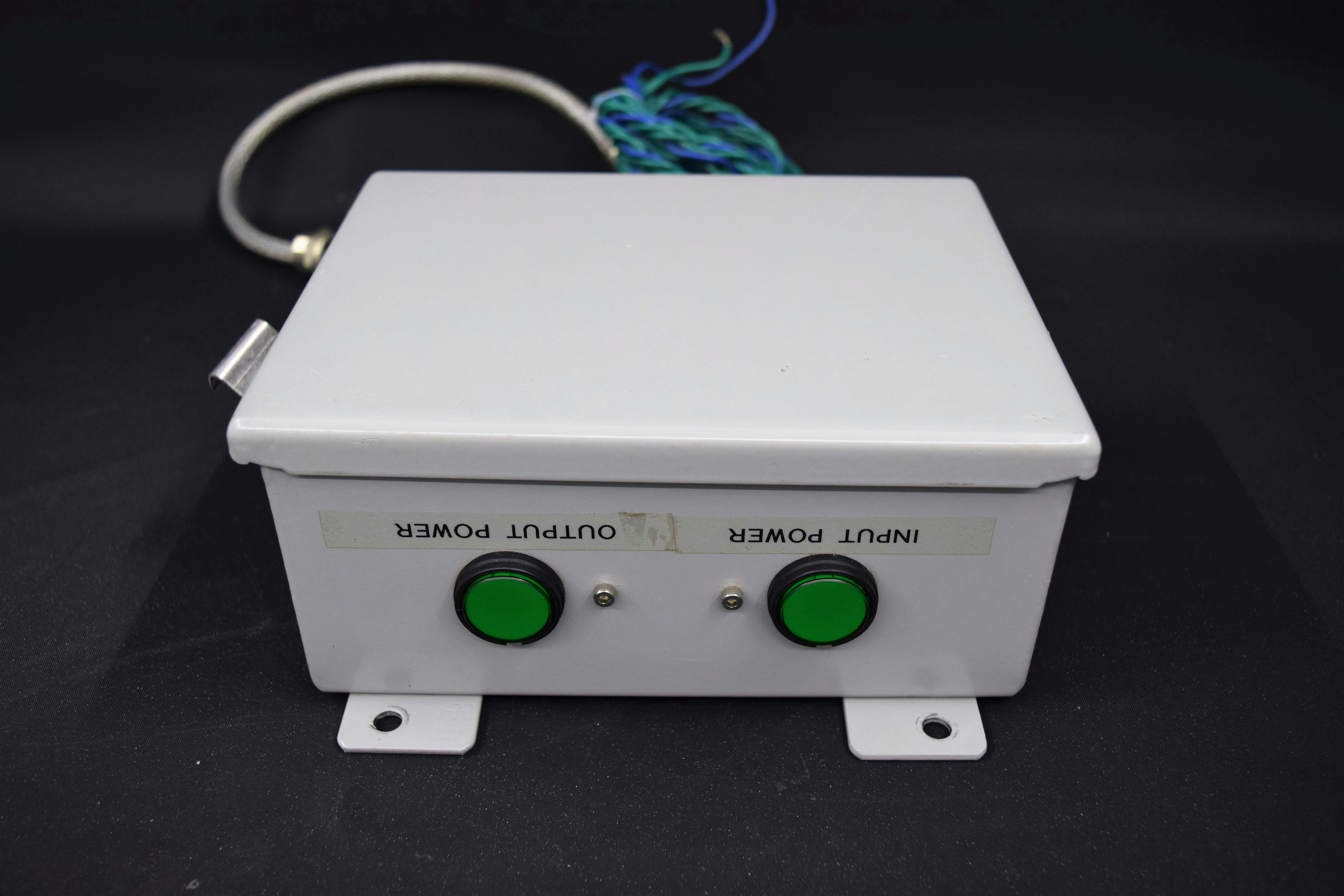 Image of Flow-Switch-Enclosure-w-Input-Output-Power-Button-Indicators by New Life Scientific Inc.