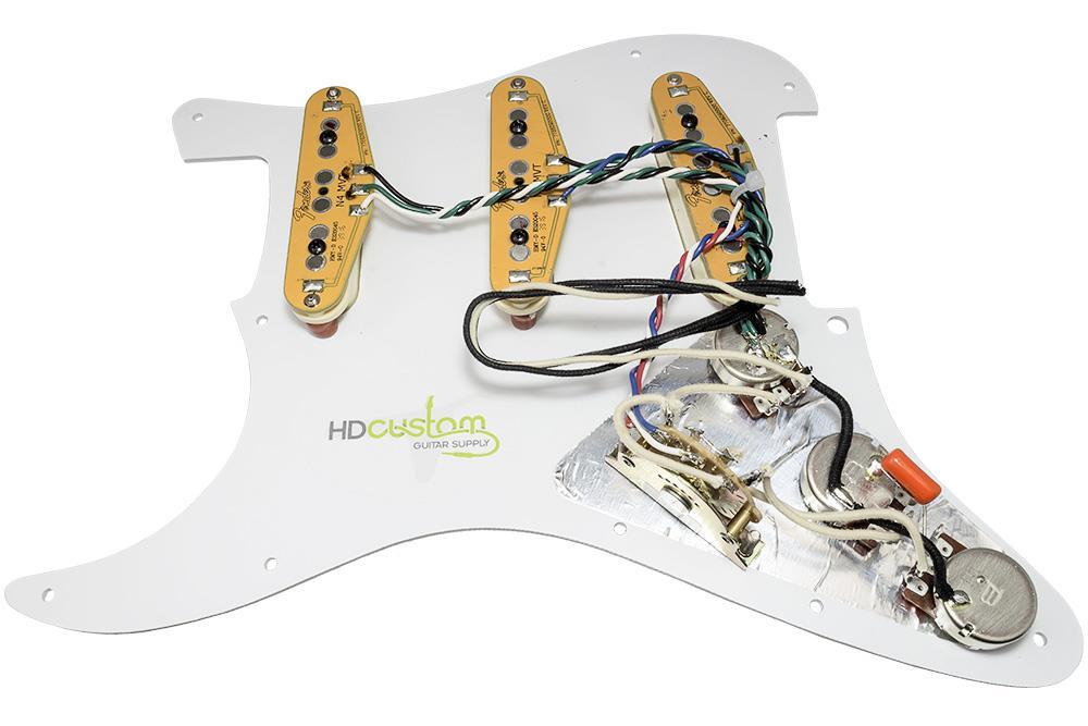 loaded strat pickguard fender gen 4 noiseless pickups. Black Bedroom Furniture Sets. Home Design Ideas
