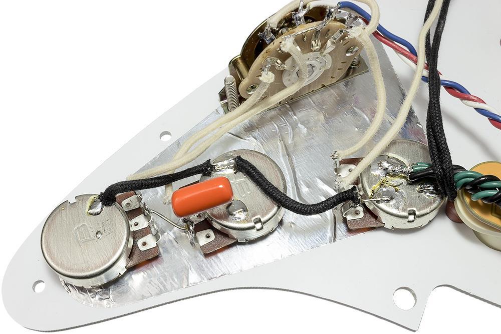 Loaded Strat Pickguard  Fender Gen 4 Noiseless Pickups