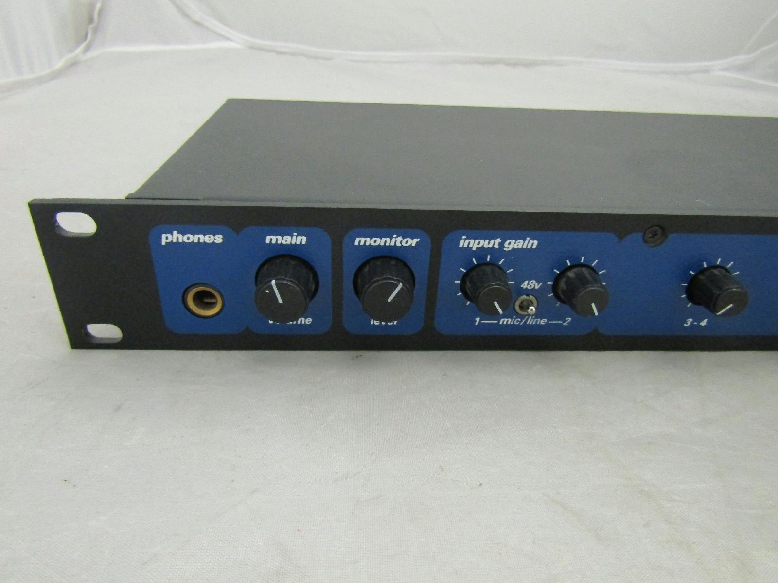 motu 828 firewire audio 8 channel 24 bit analog daw interface rack mount ears ebay. Black Bedroom Furniture Sets. Home Design Ideas