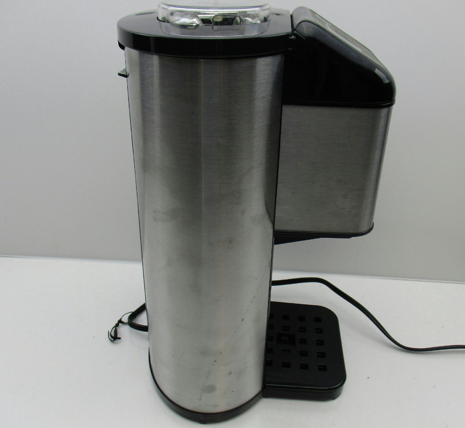 Cuisinart DGB-1 Single Serve Coffee Maker Grind & Brew 1 Cup Coffeemaker eBay