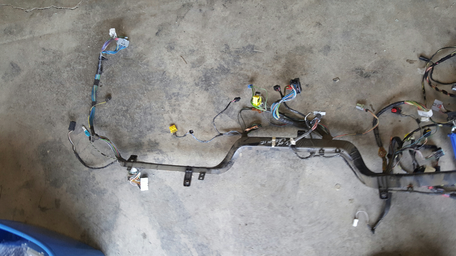 2003 Dodge 25003500 Cummins 59L diesel engine compartment wiring – Dodge Engine Compartment Wiring Harness