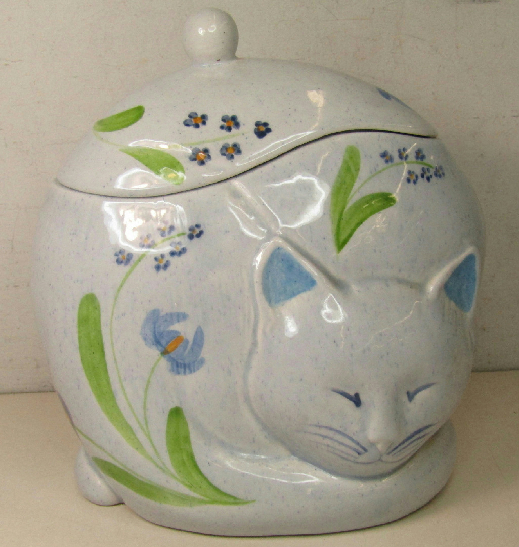 Vintage N S Gustin Sleeping Cat Cookie Jar Speckled White