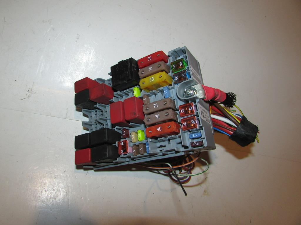 2015 Jeep Renegade Fuse Box Wiring Library Relay And 15 24l Latitude Under Hood Block Warranty