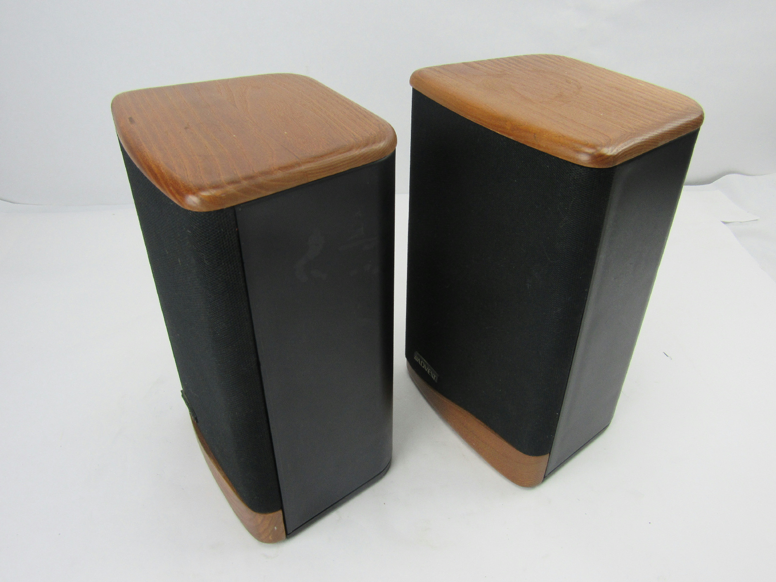 advent mini advent ii speaker pair 15767. Black Bedroom Furniture Sets. Home Design Ideas