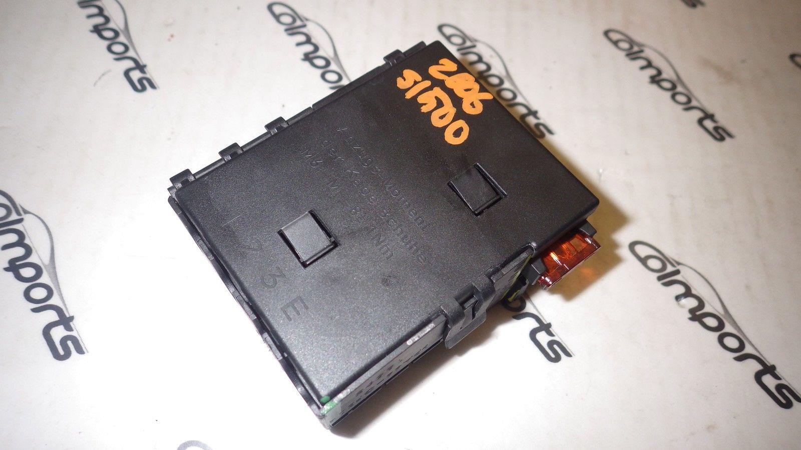 30151357 mercedes r230 sl500 sl600 sl55 relay fuse box trunk module oem  at gsmx.co