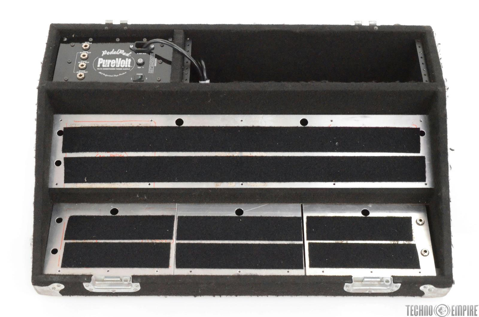 MKS Pedal Pad & Pedal Board Case w/PS-10 Conditioned Power Supply #28270