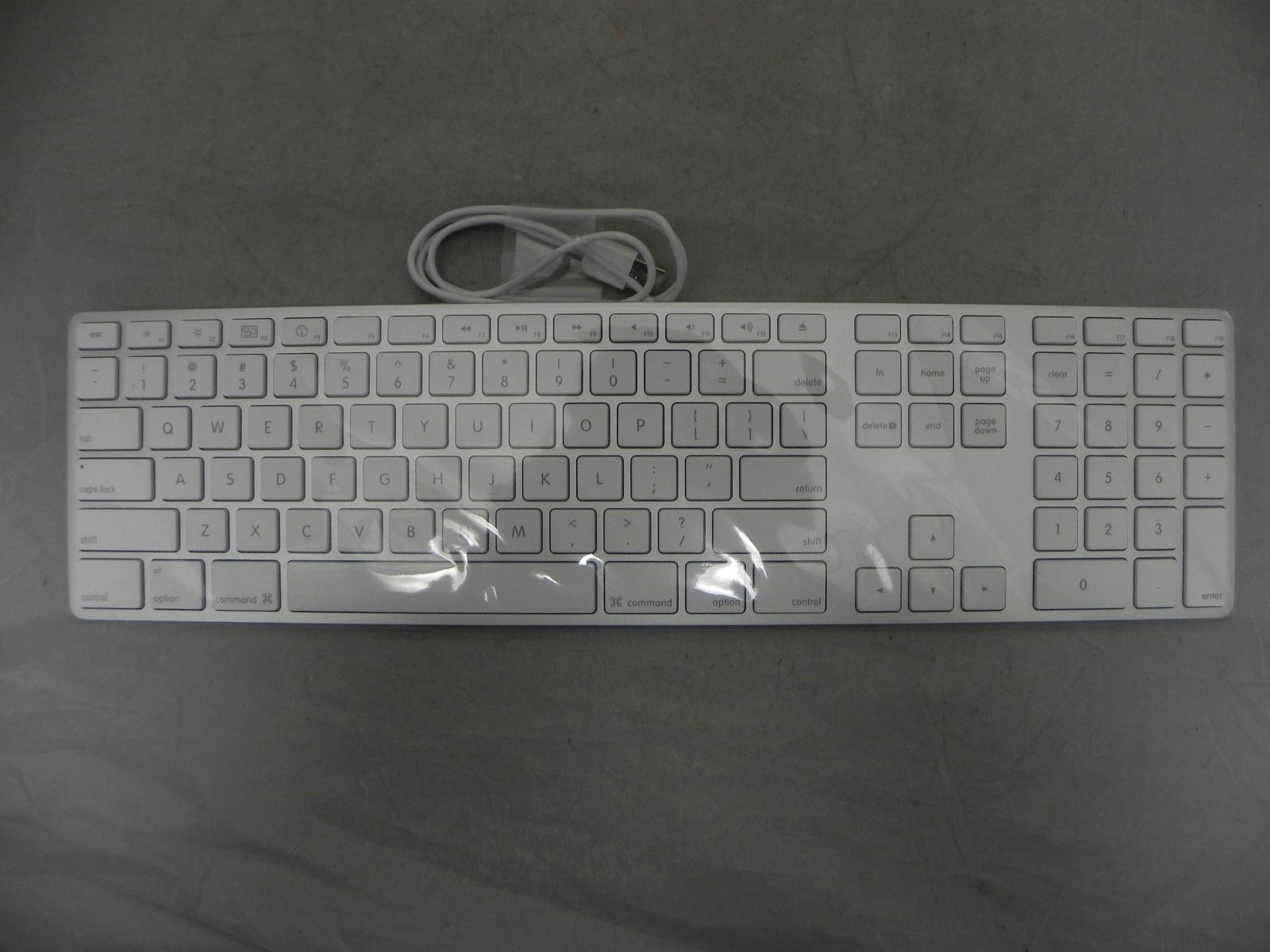 apple aluminum keyboard a1243 wired usb keyboard mouse osx 602 6330 a bundle. Black Bedroom Furniture Sets. Home Design Ideas