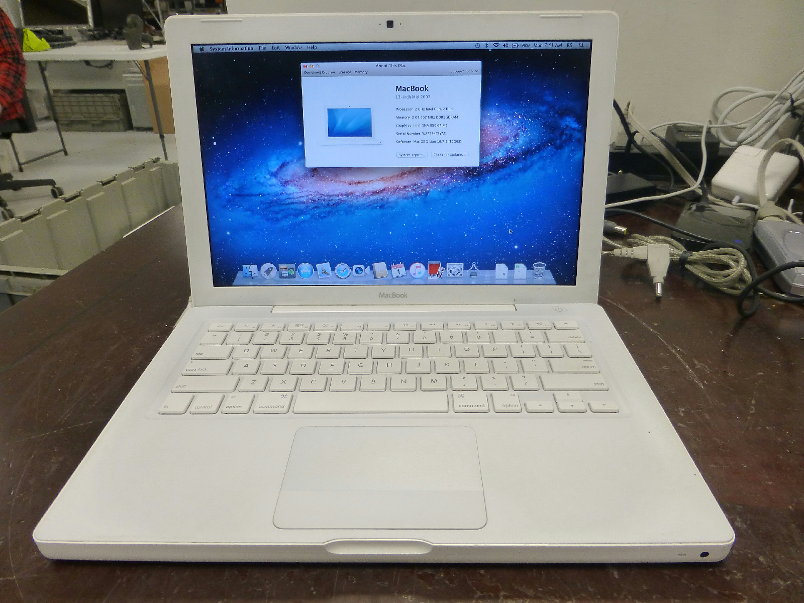 Apple MacBook 2007 A1181 Core2 Duo 2GHz 2GB RAM 320GB HDD OSX Lion | eBay