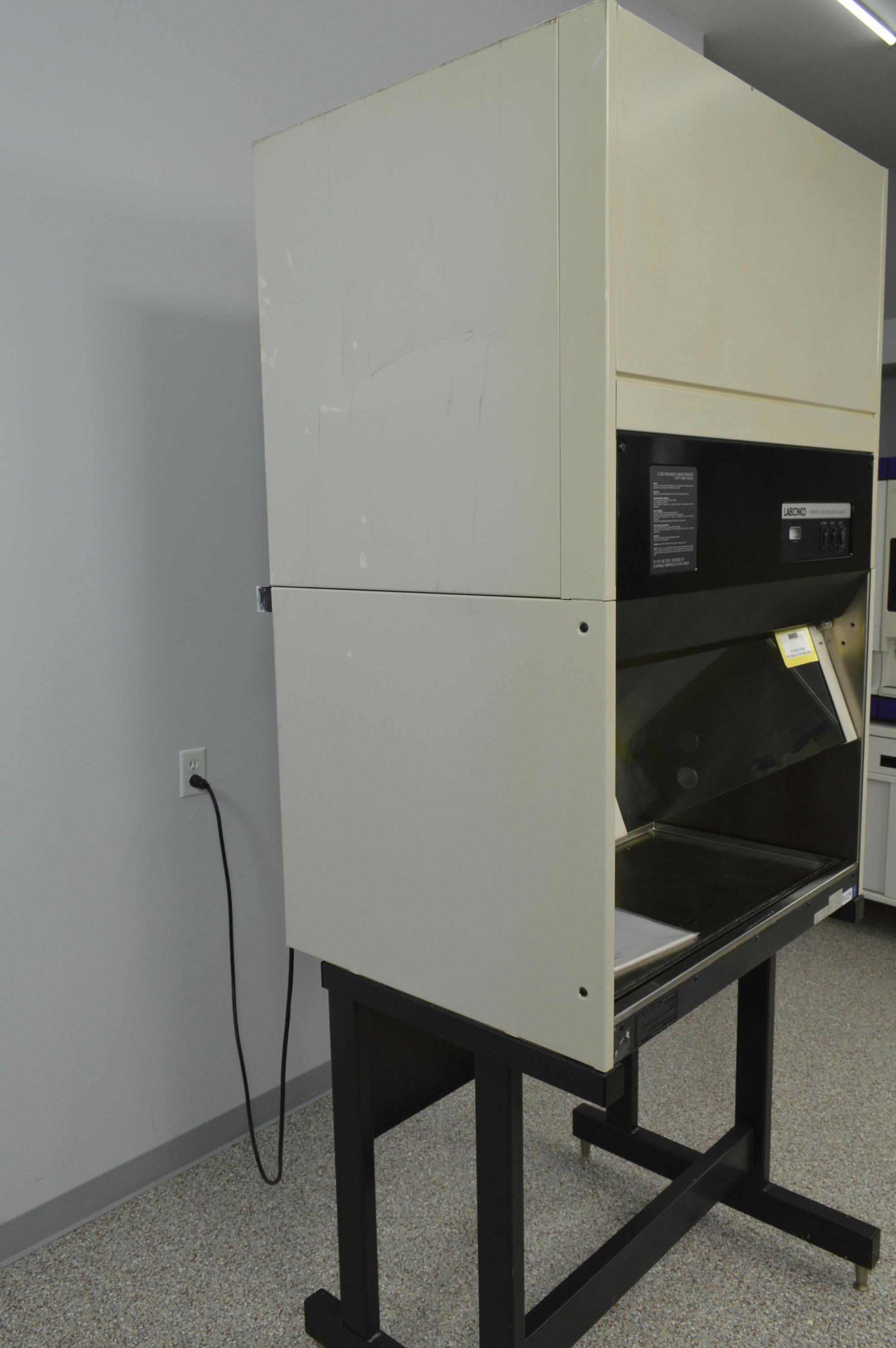 Labconco Purifier Class Ii Biosafety Cabinet Hood 36204 04