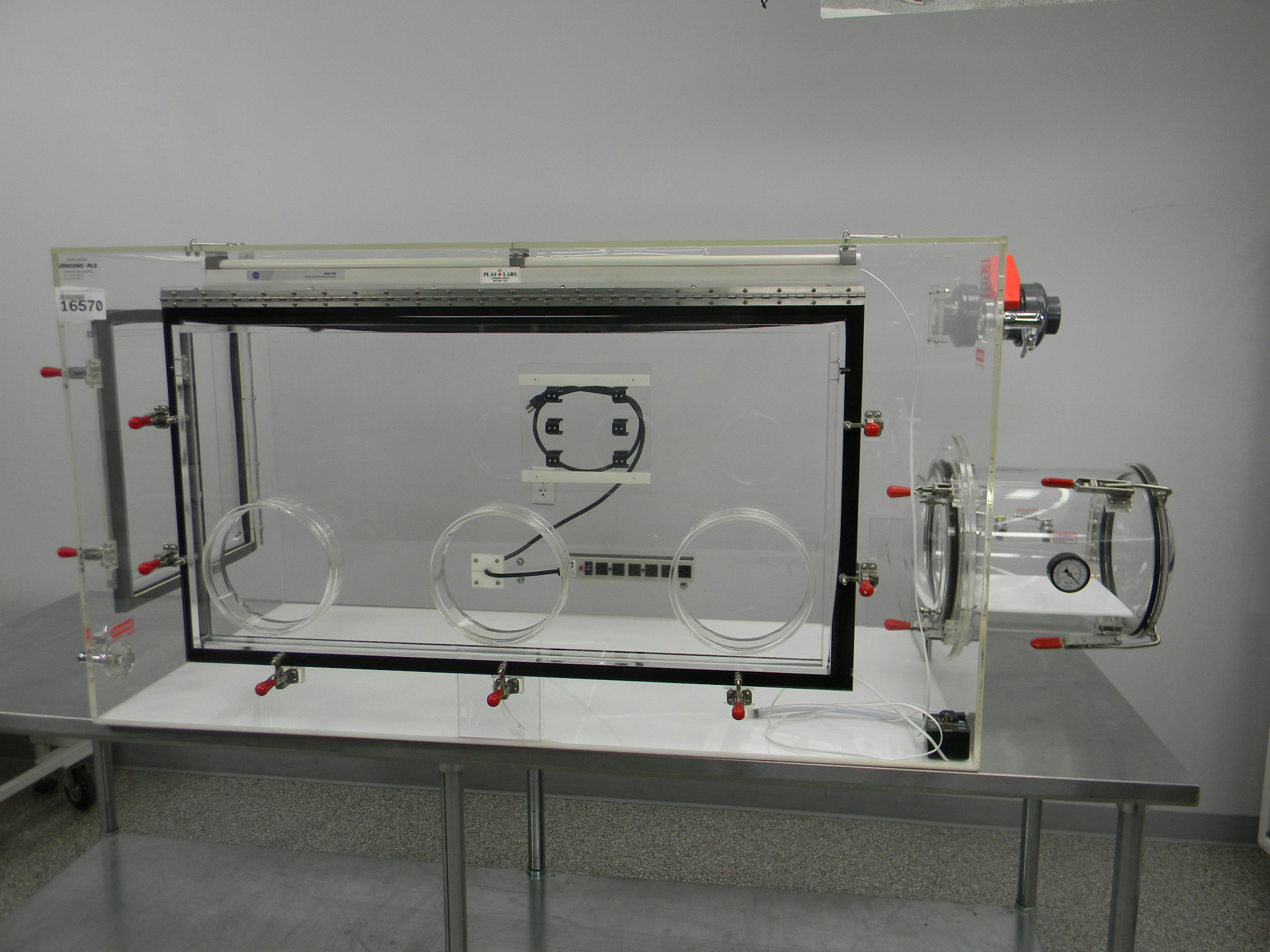 Image of Plas-Labs-830 by New Life Scientific Inc.