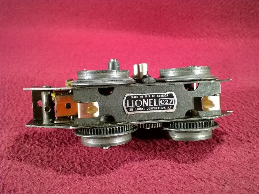 2 lionel pre war 258 steam locomotive powered chassis wheels cracking ebay