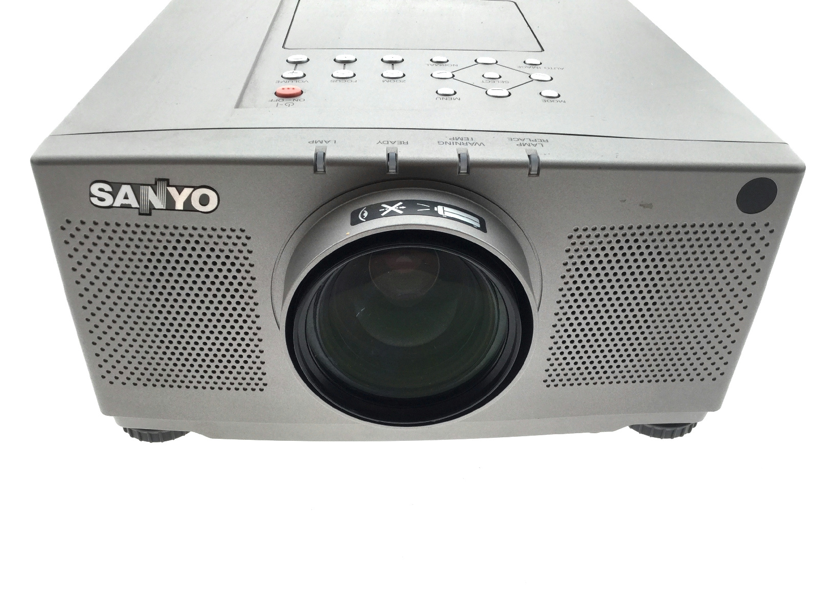 sanyo pro xtrax plc xp17n lcd video projector power tested ebay. Black Bedroom Furniture Sets. Home Design Ideas