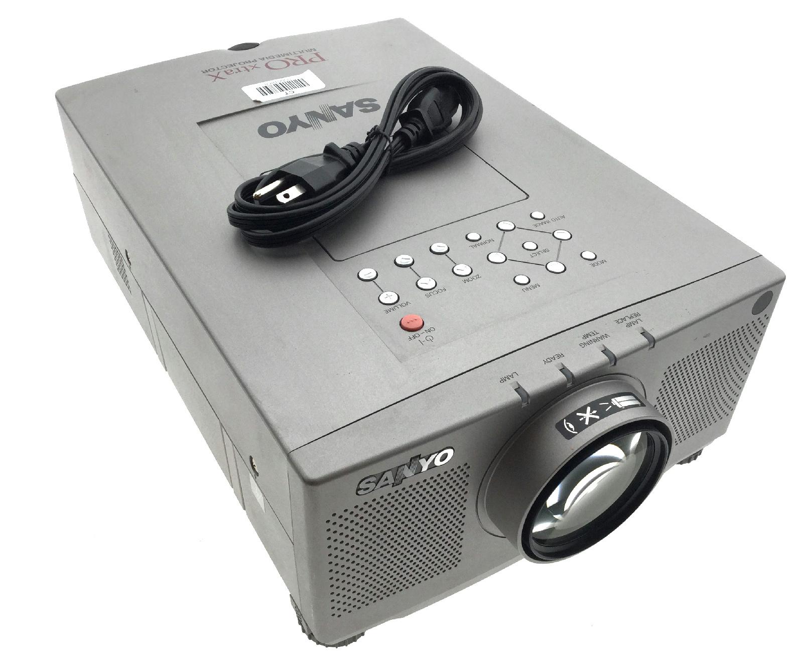 sanyo pro xtrax plc-xp17n lcd video projector
