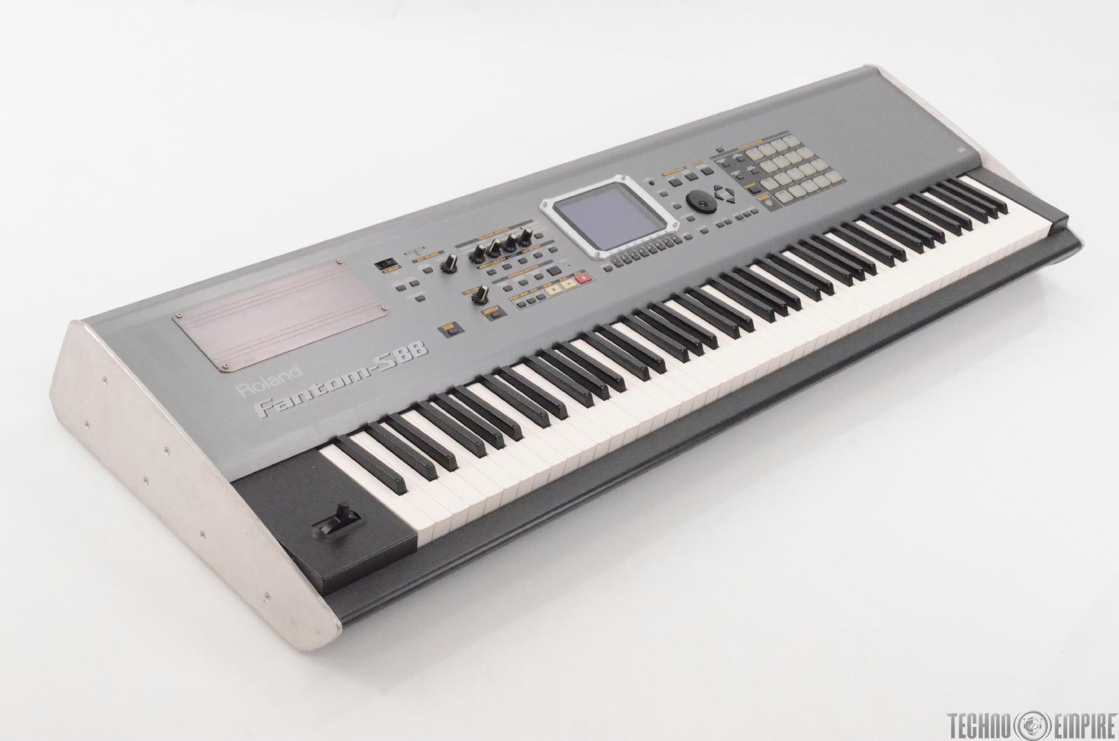 roland fantom s88 sampling keyboard synthesizer workstation 88 key synth 28249 ebay. Black Bedroom Furniture Sets. Home Design Ideas