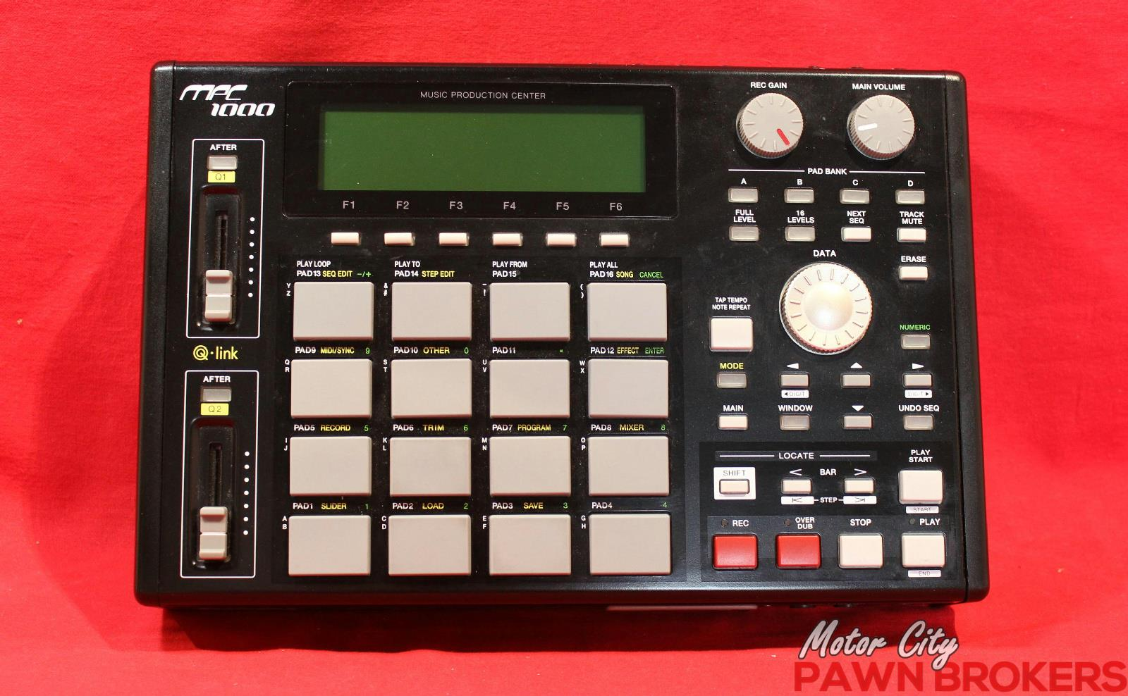 Akai Mpc 1000 16 Pads Lcd Display Midi Black