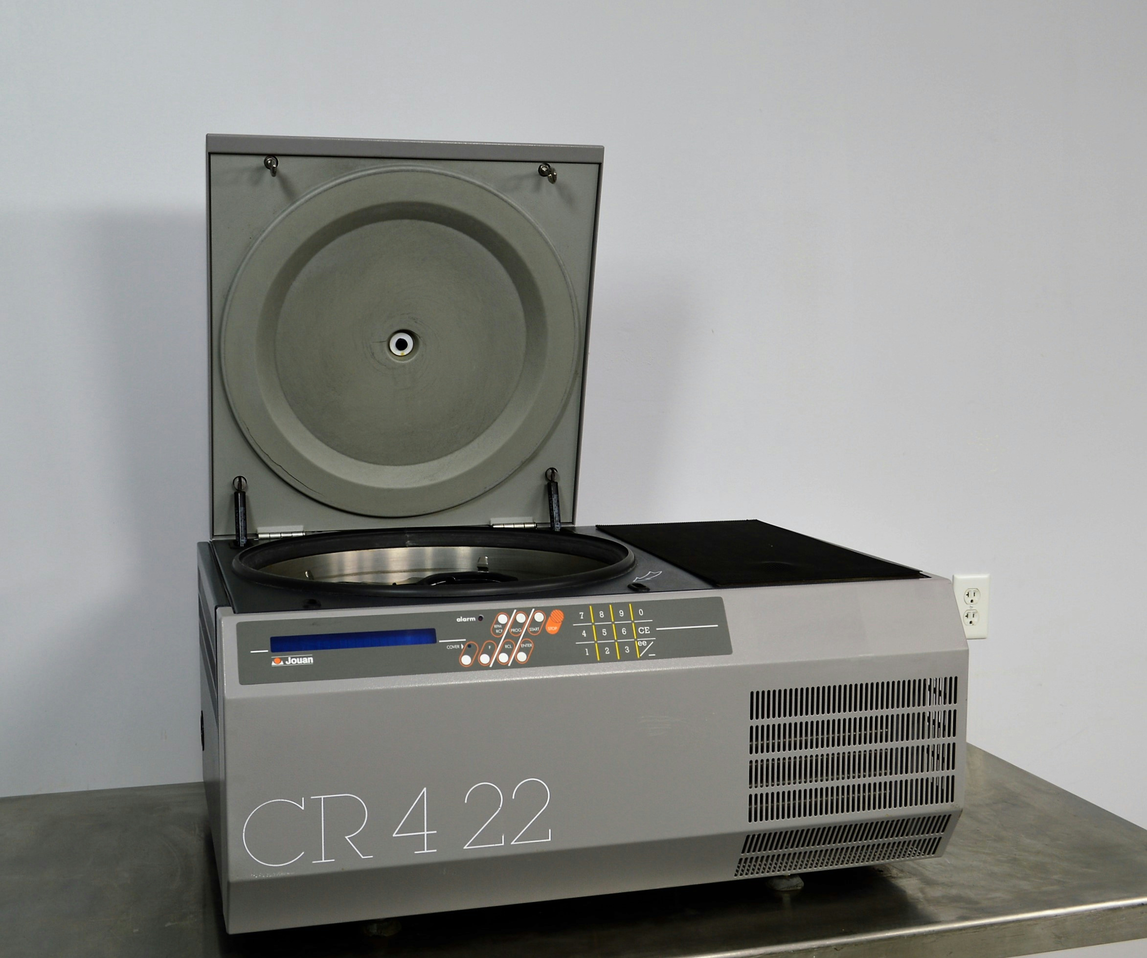 Jouan Cr4 22 Benchtop Refrigerated Centrifuge W Swing