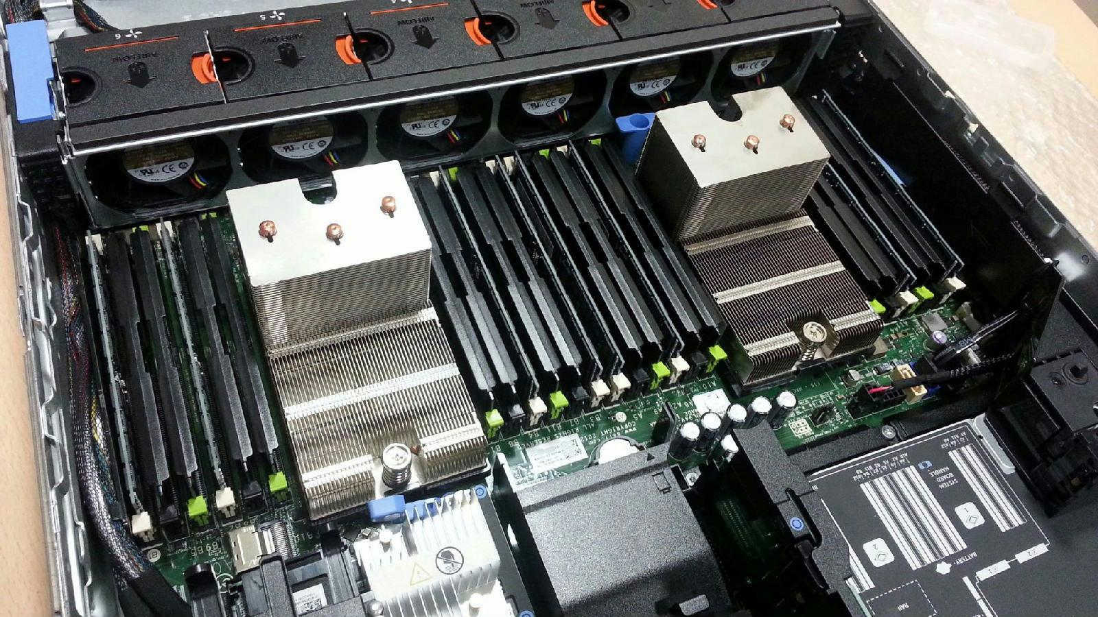 DELL PowerEdge R720 2xE5-2680 Xeon 8-Core 2 7GHz   128GB RAM   8x900GB SAS  RAID