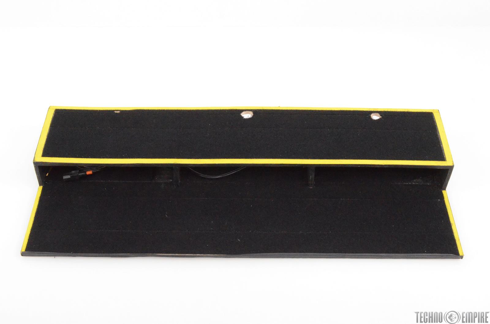 Custom Dual-Tier Pedal Board Owned by Justin Meldal-Johnsen #29374