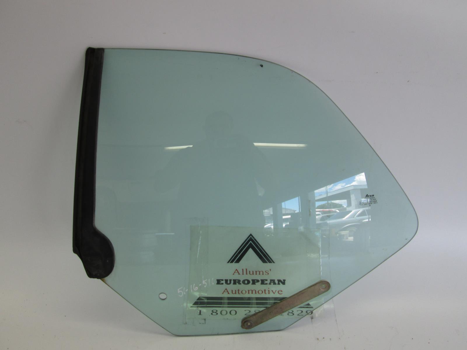 95-02 00 01 99 96 98 97 saab 900 9-3 convertible right front door glass window