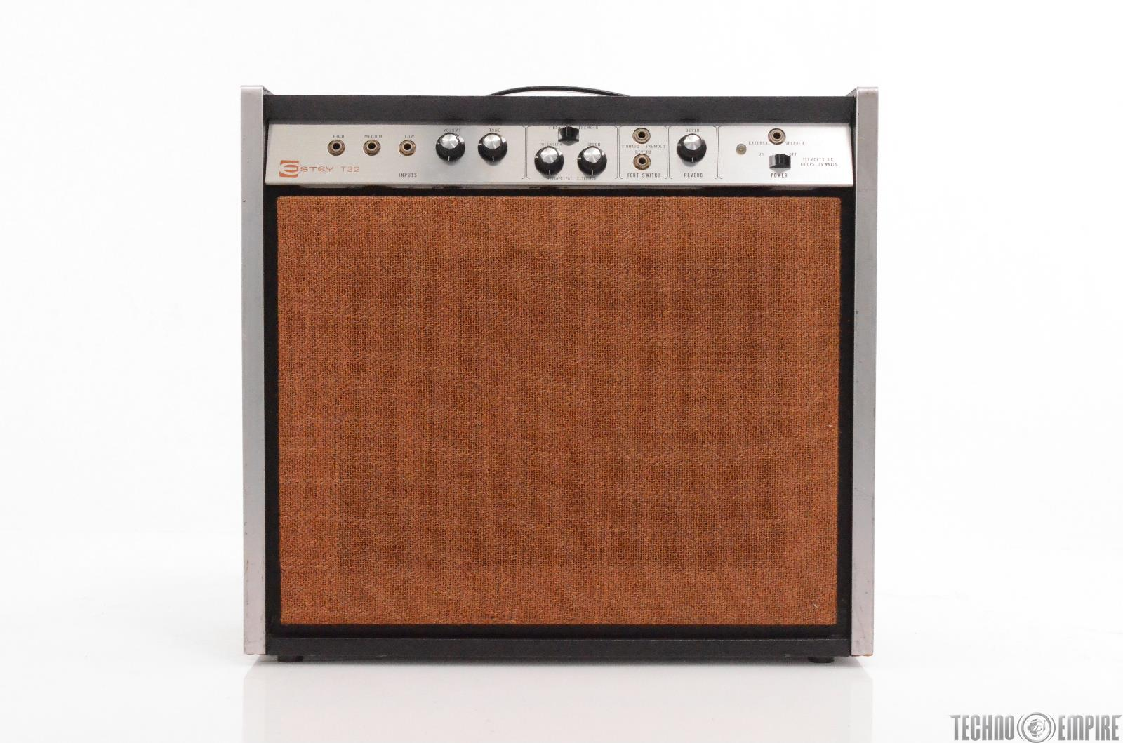 1967 Magnatone Estey T32 Combo Guiitar Amp 1x10 Owned by Matt Hyde #30200