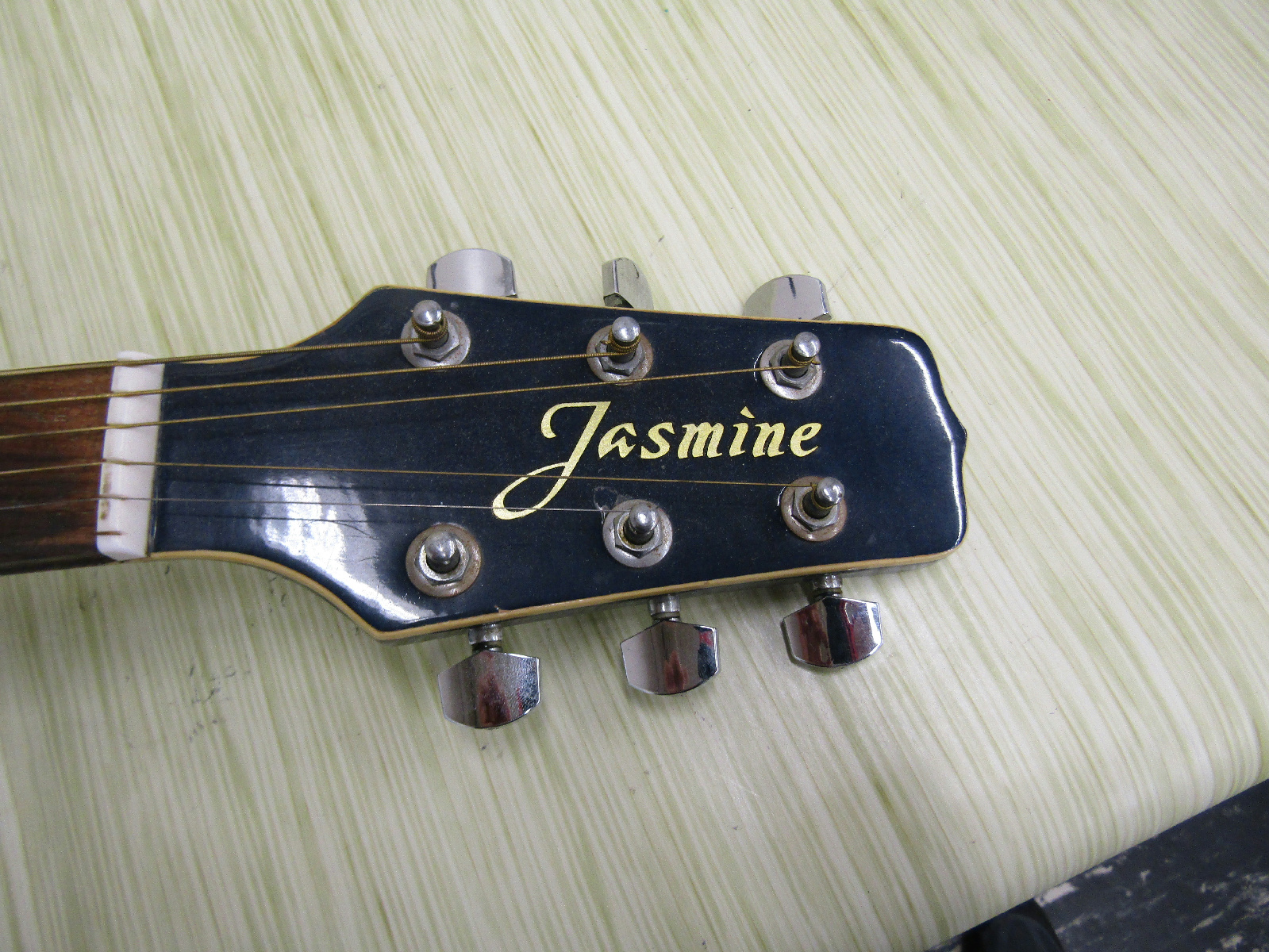 jasmine by takamine es98c blue cutaway acoustic electric guitar parts repair auctions buy and. Black Bedroom Furniture Sets. Home Design Ideas