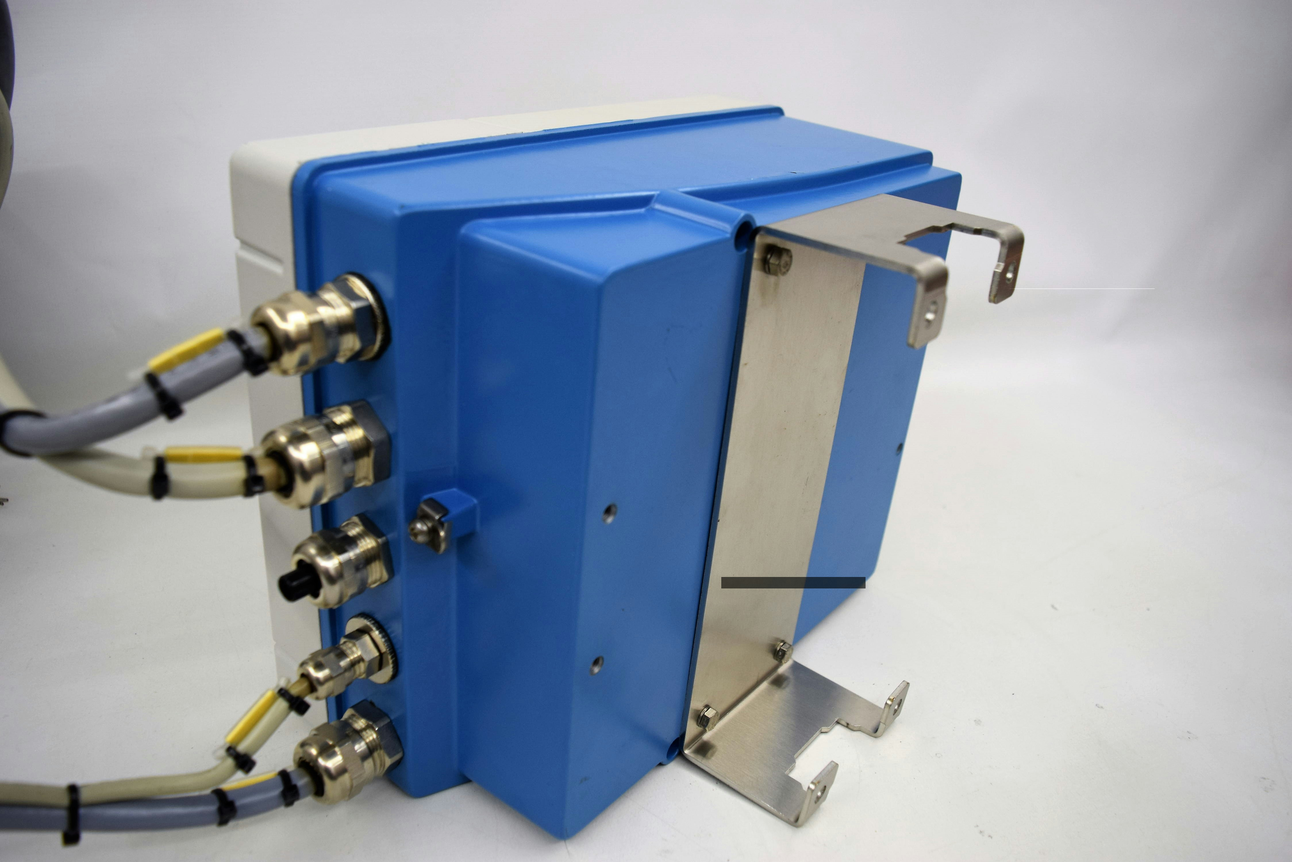 Details about Endress & Hauser Promag 53, 53H04-9F0B9AC2ABAA Transmitter  Amersham BioProcess