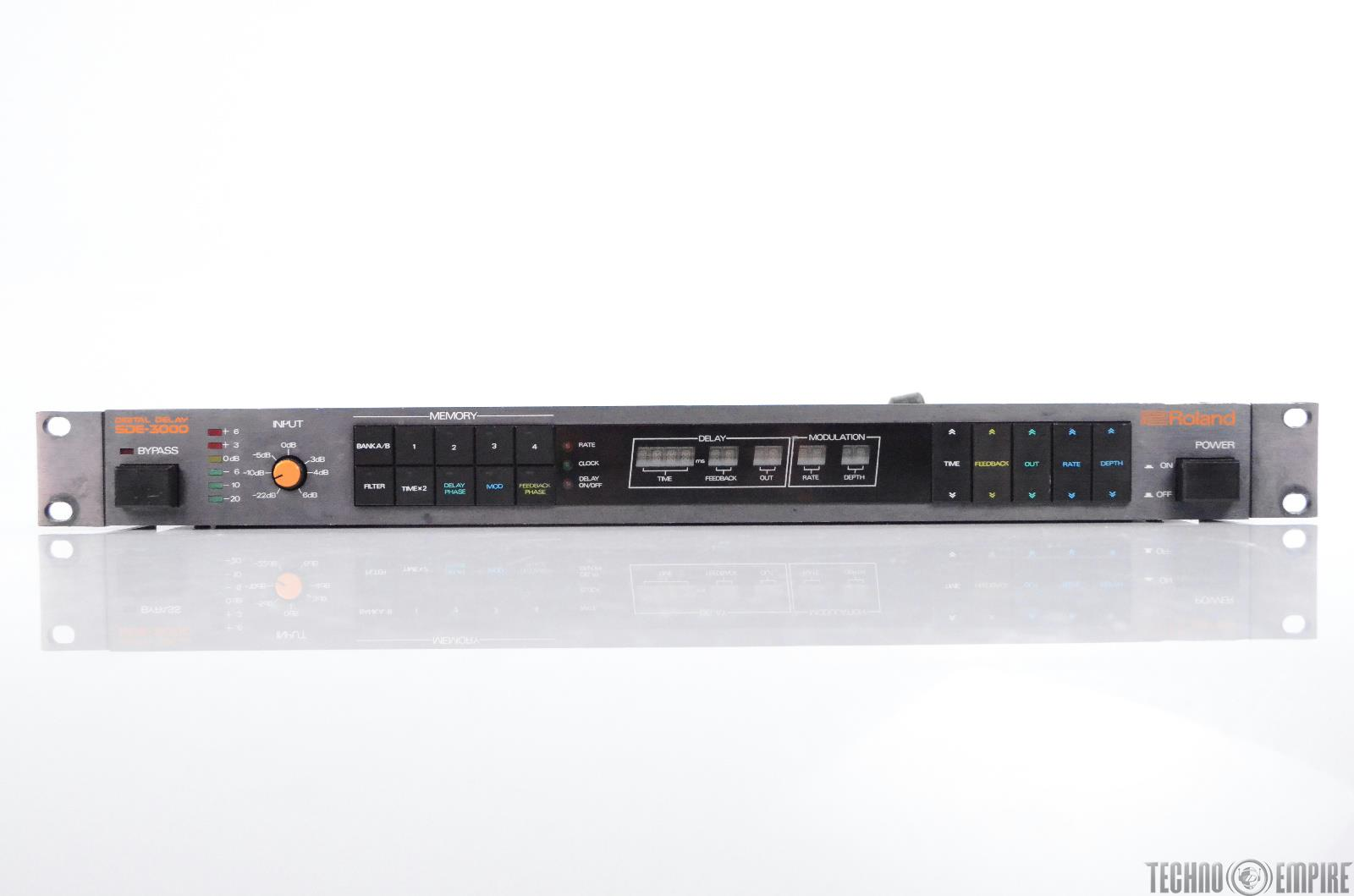 Roland SDE-3000 Digital Delay Echo Effect from Sunset Sound Factory #30555