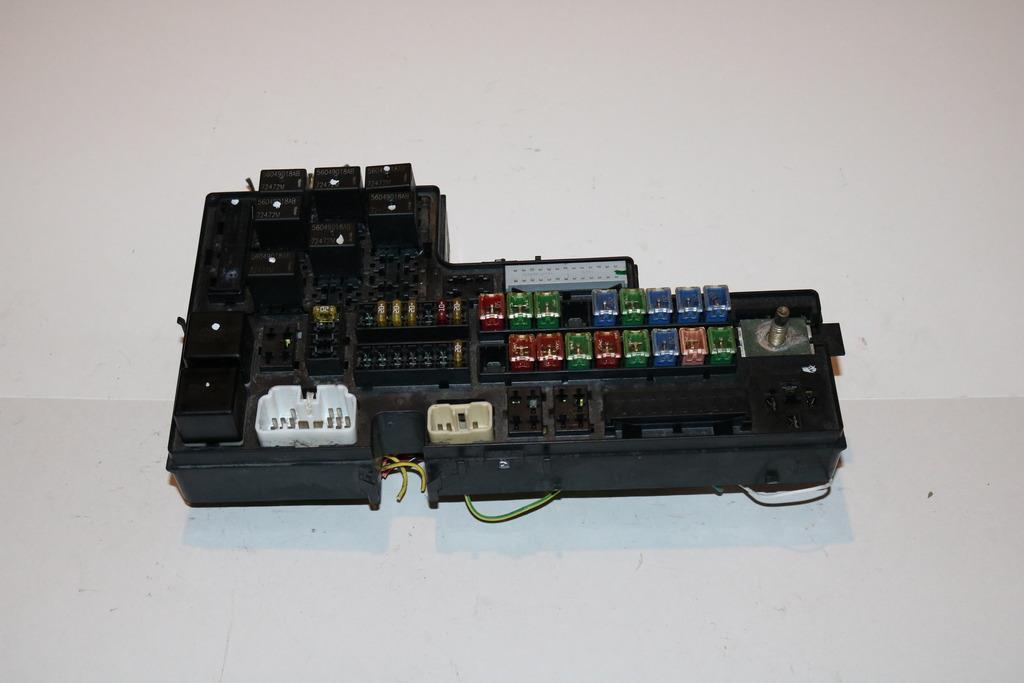 00 02 dodge dakota 4wd slt 4 7l v8 cyl under hood relay fuse box rh ebay com