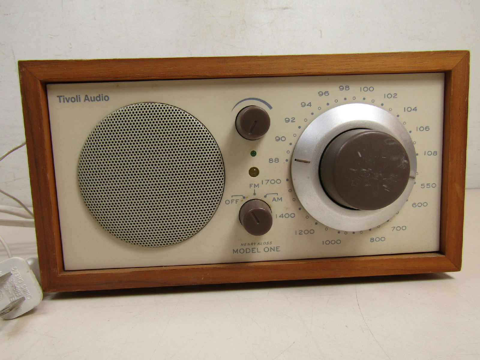 tivoli audio henry kloss model one table radio tested ebay. Black Bedroom Furniture Sets. Home Design Ideas