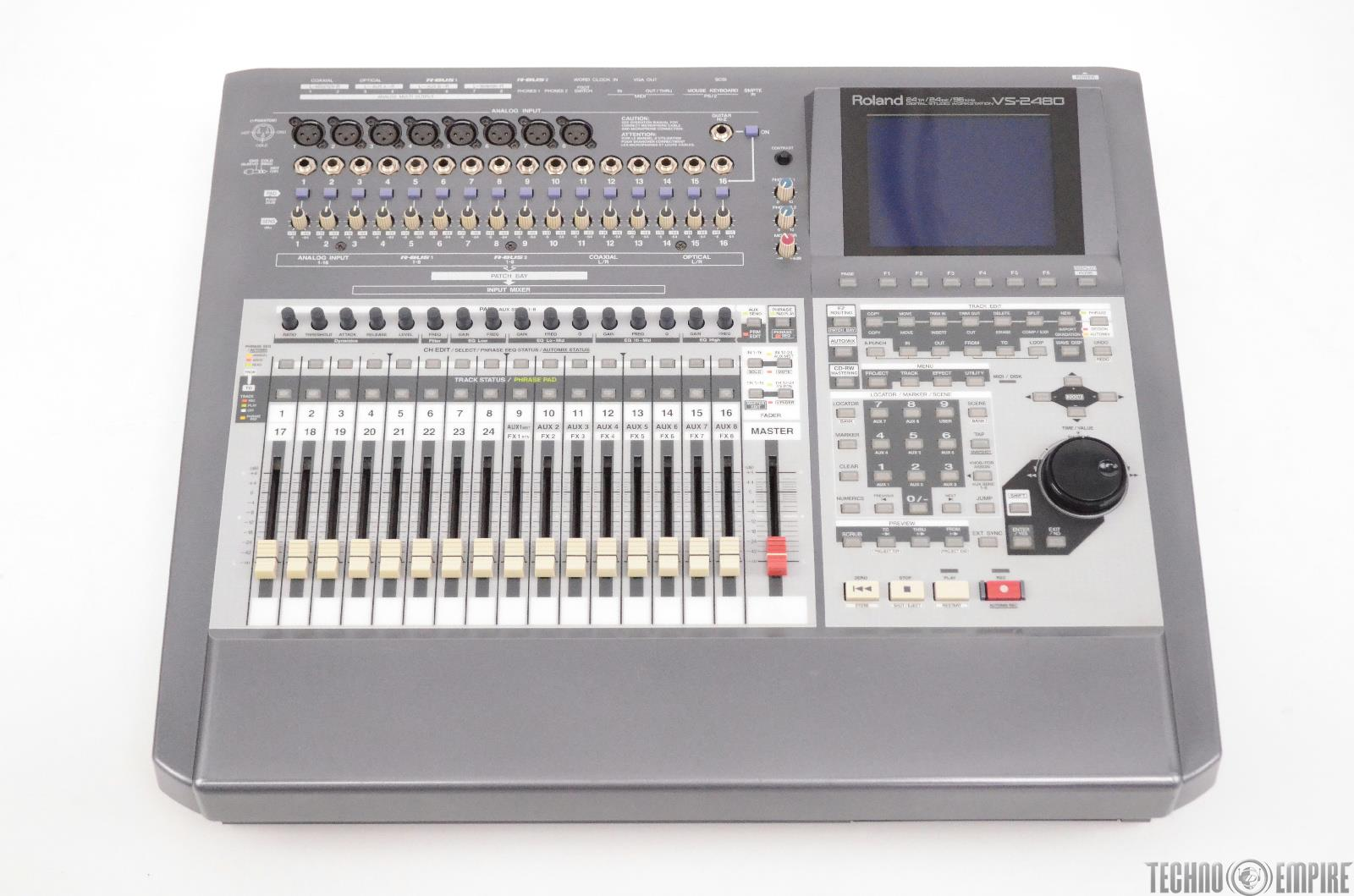 Roland VS-2480 Digital Studio Workstation w/ Case & 4 VS8F-2 Effect Cards #31269
