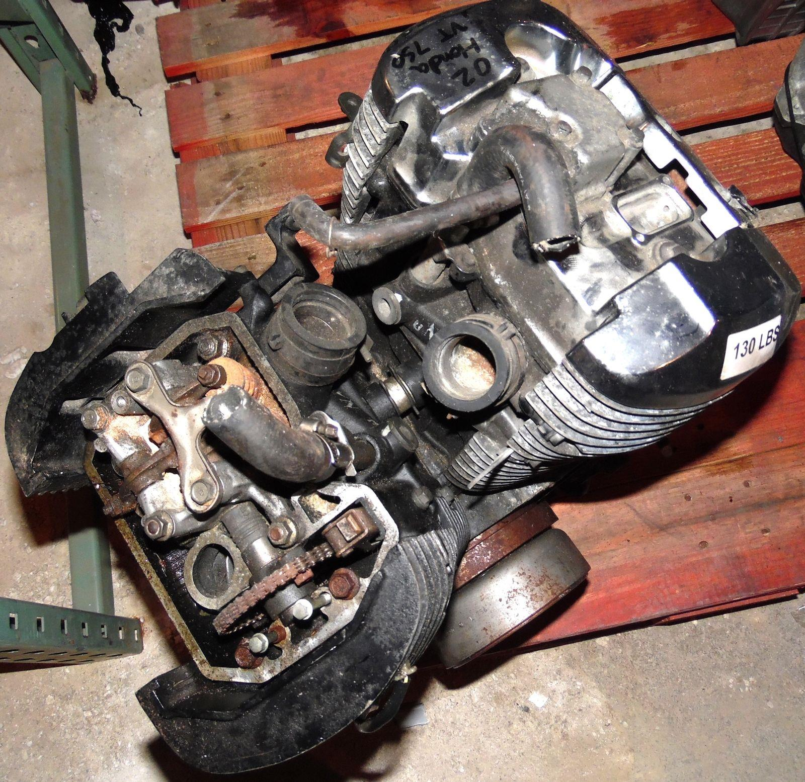 Honda Motorcycle With Fit Engine: 2002 Honda VT 750 Shadow OEM Motorcycle Engine Motor W