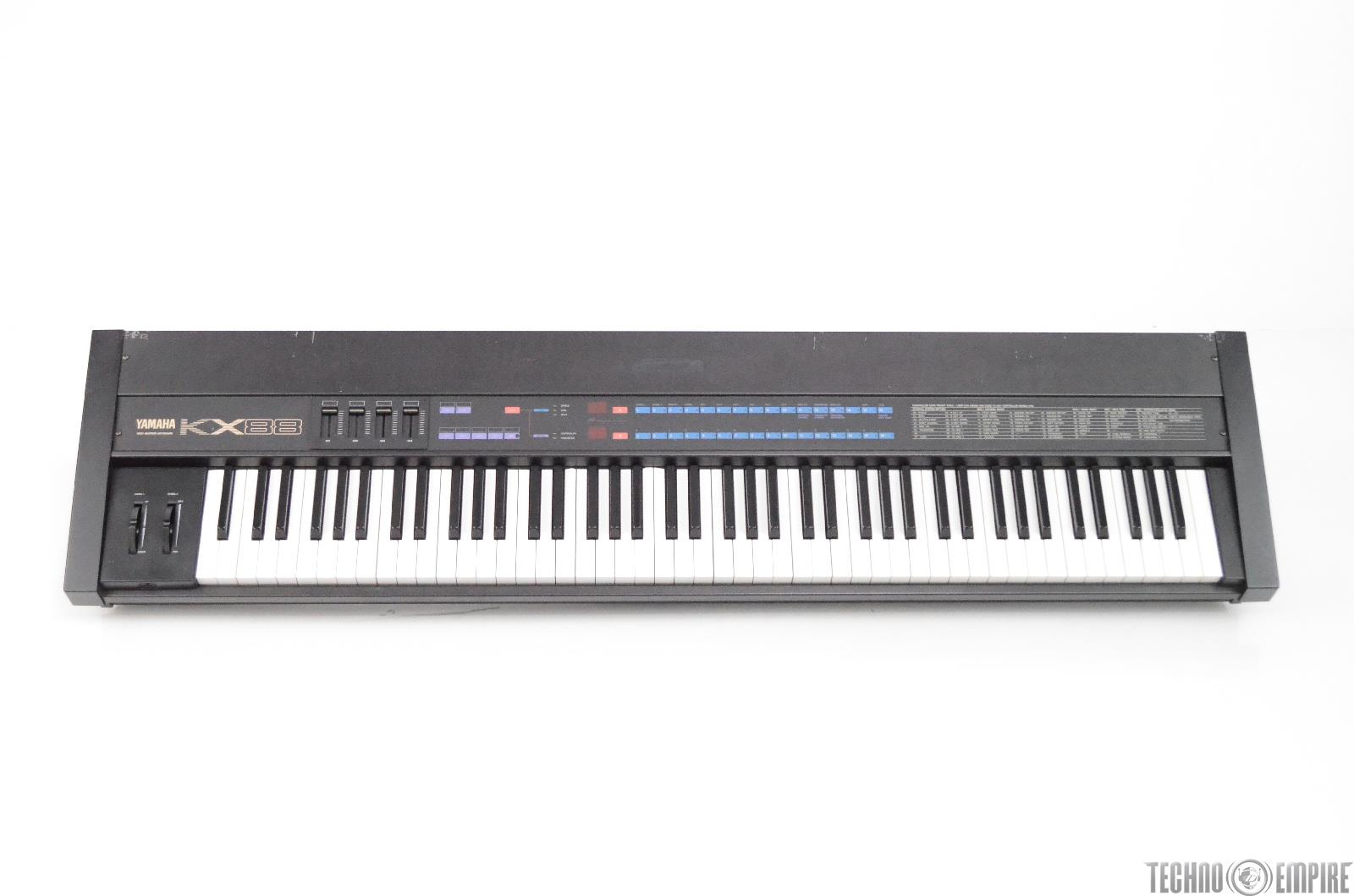 Yamaha KX88 MIDI Master 88 Key Weighted Keyboard Controller w/ Case KX 88 #31235