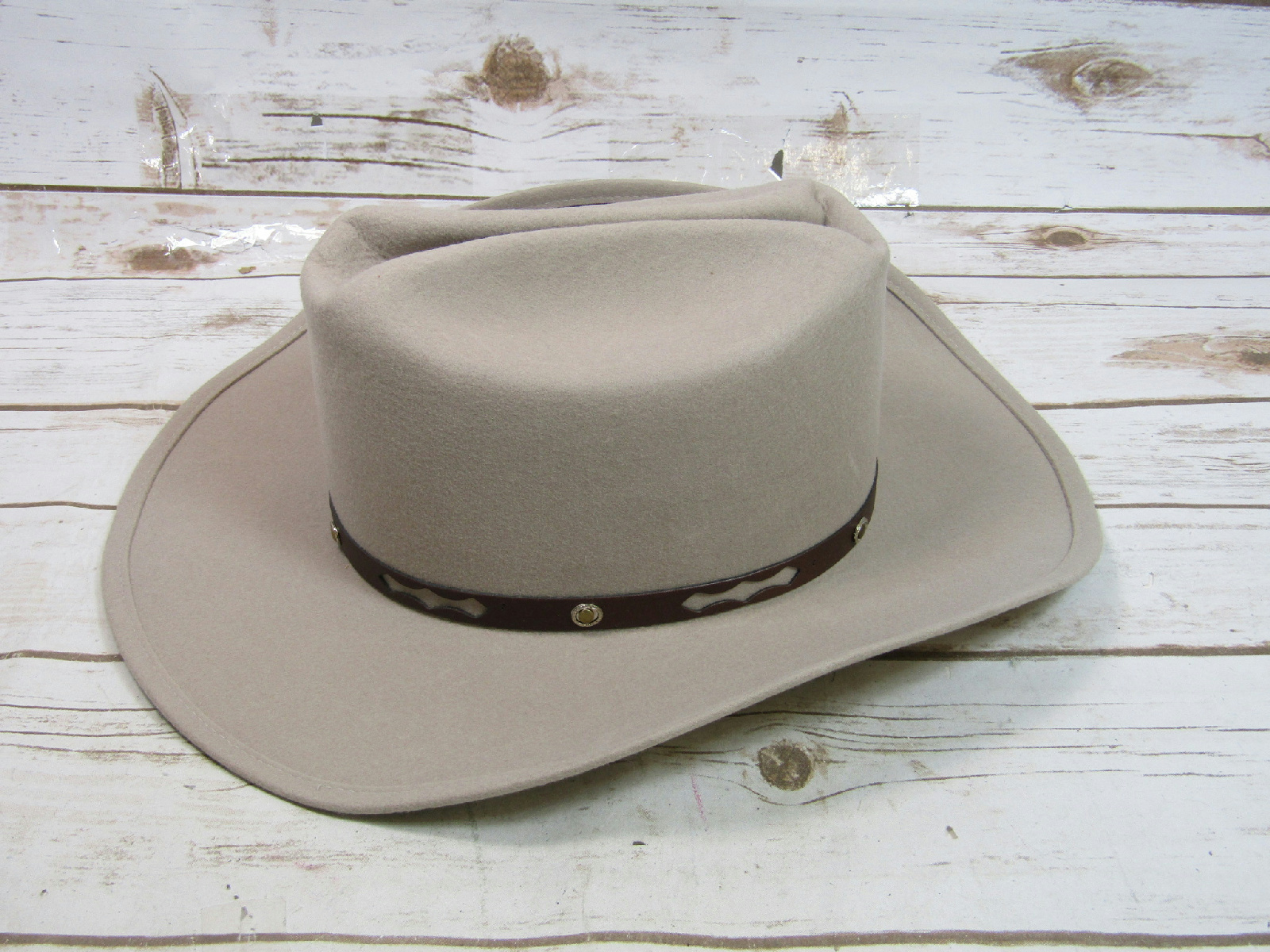 High Noon Tan Beige Wool Stetson Cowboy Hat With Leather Band 16503 ... c18bfb36955
