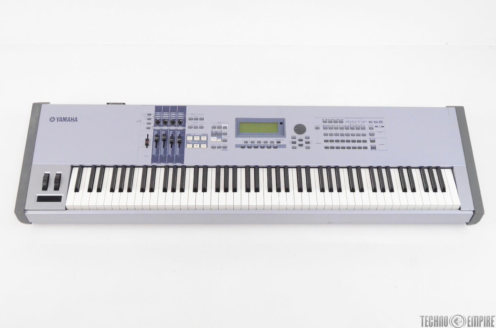 Yamaha Motif ES8 Workstation Keyboard Synthesizer w/ Case #31465