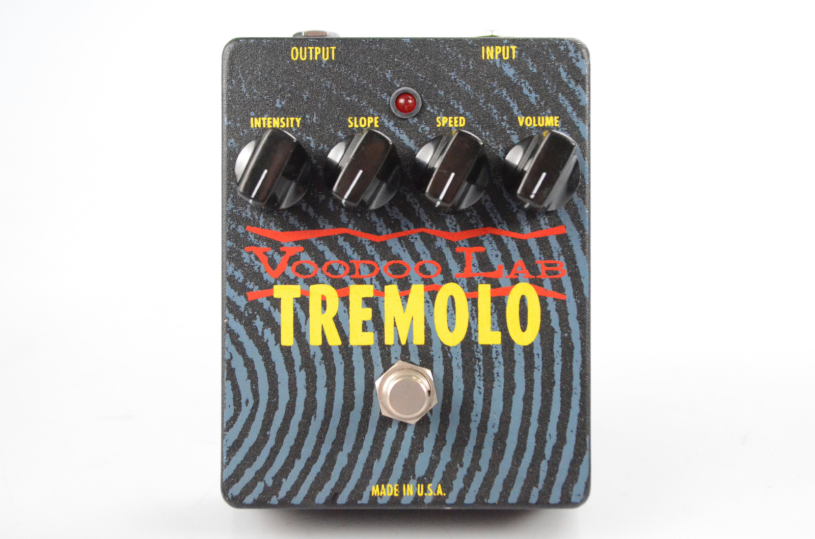 Voodoo Lab Tremolo Guitar Effect Pedal True Bypass Lamp Photocell #32628
