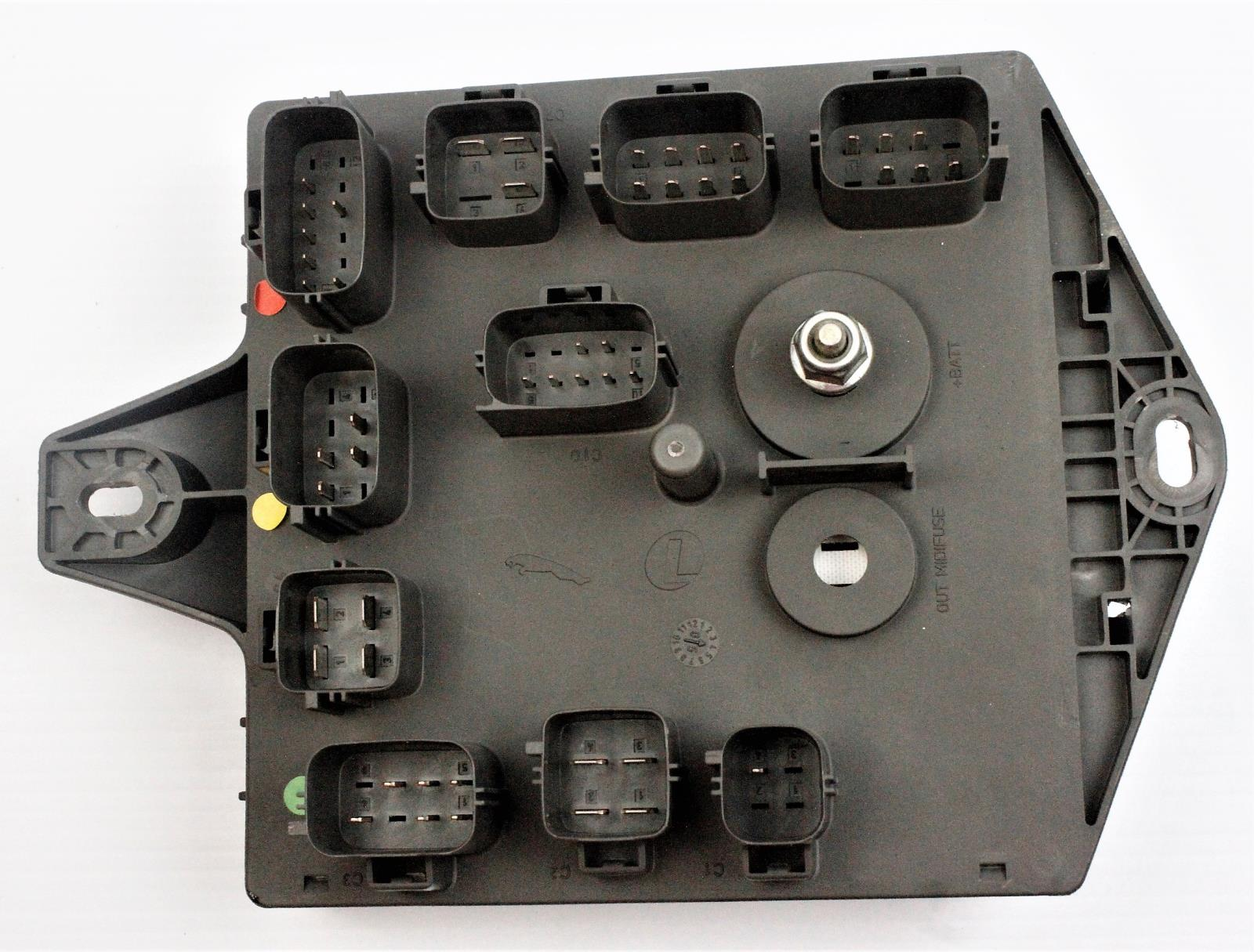 2003 2007 Jaguar Xj Xj8 Xjr X350 Rear Interior Fuse Box 2w93 14n023 2005 The Is Used But In Good Working Condition And Was Tested Prior To Removal Please Verify That This Part Will Fit Your