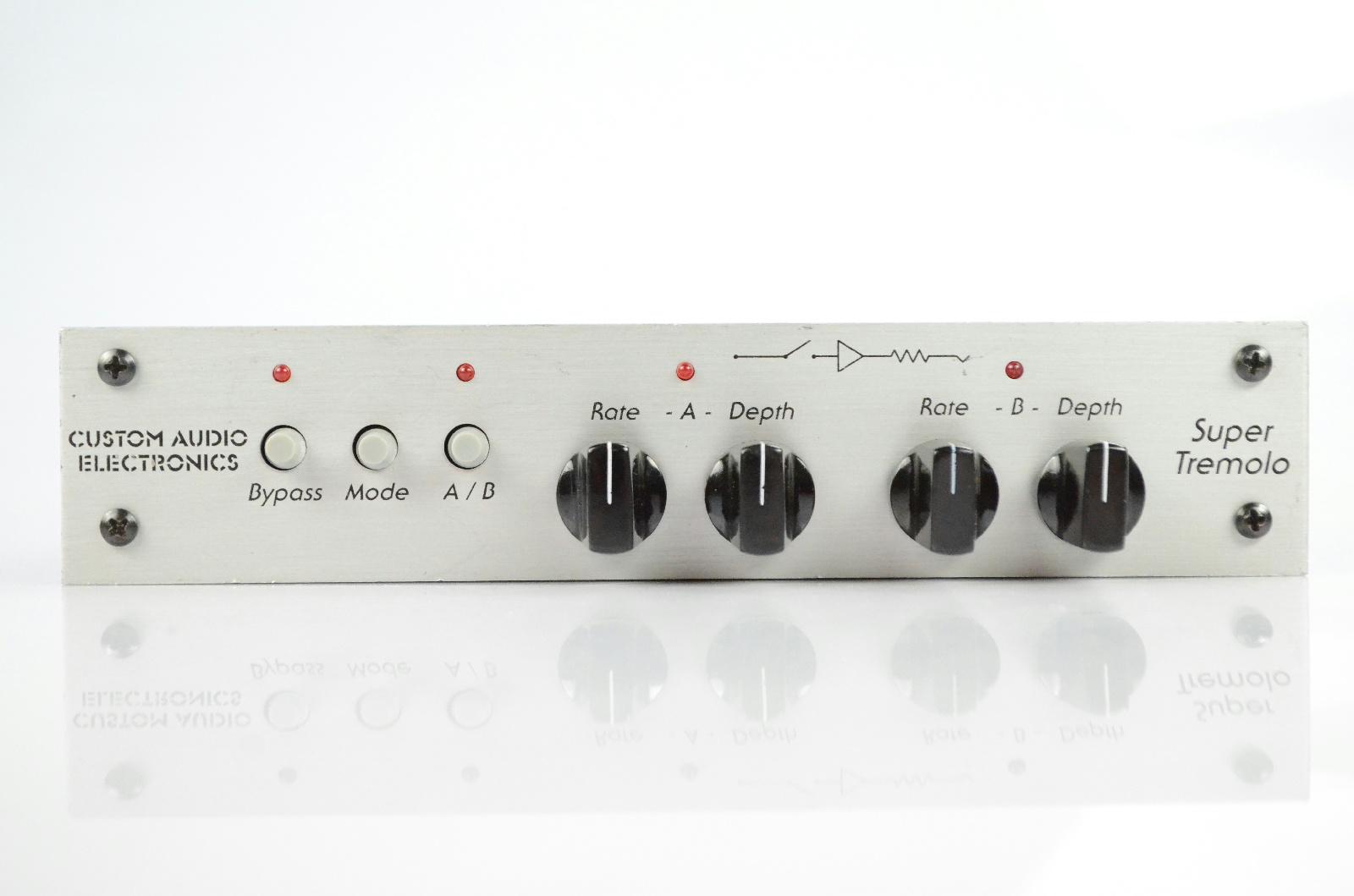 Custom Audio Electronics CAE Super Tremolo Guitar & Line Level Effect #31749