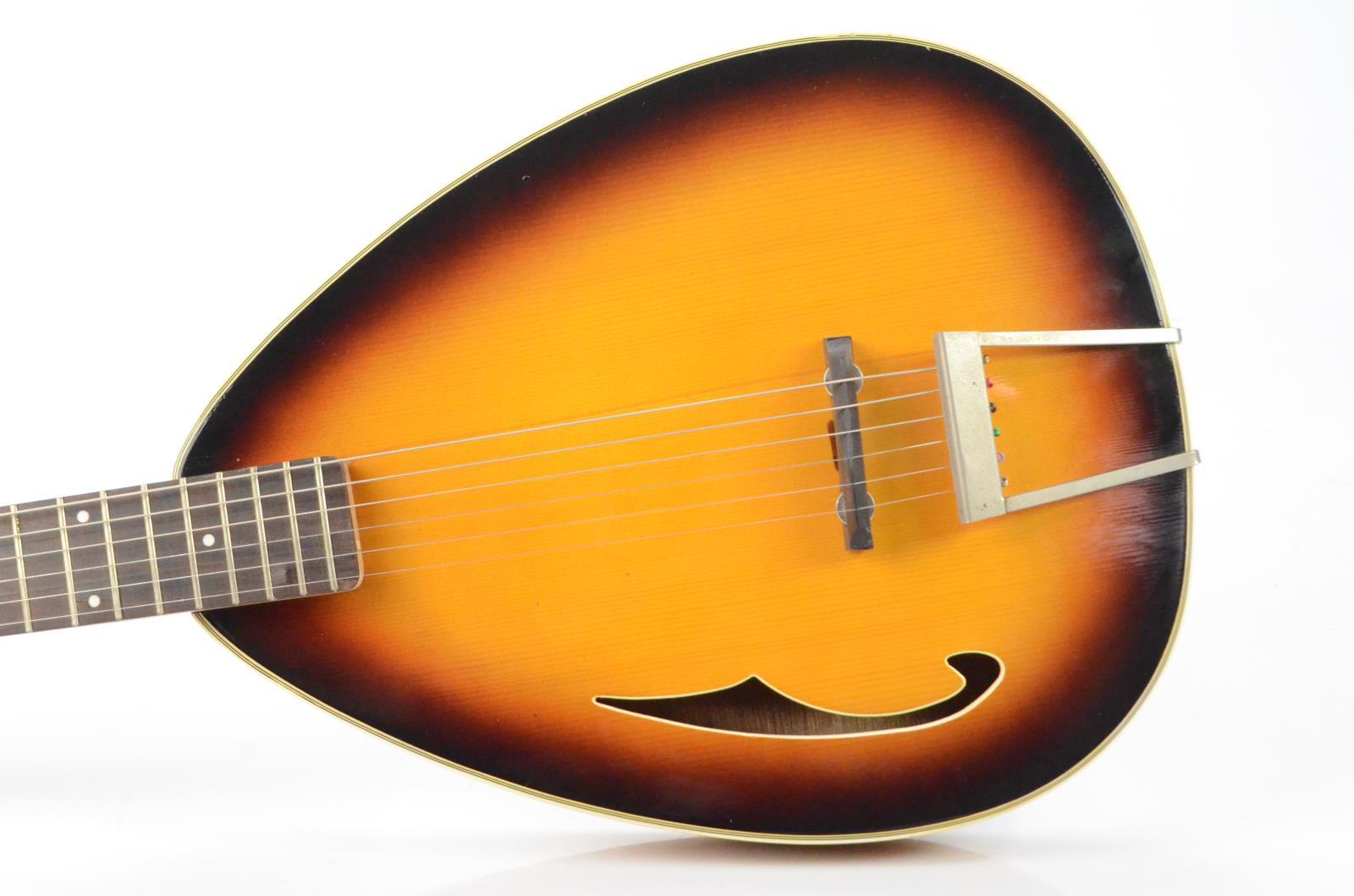 Danelectro Teardrop Acoustic Guitar Sunburst Left-Handed Carlos Rios #34008