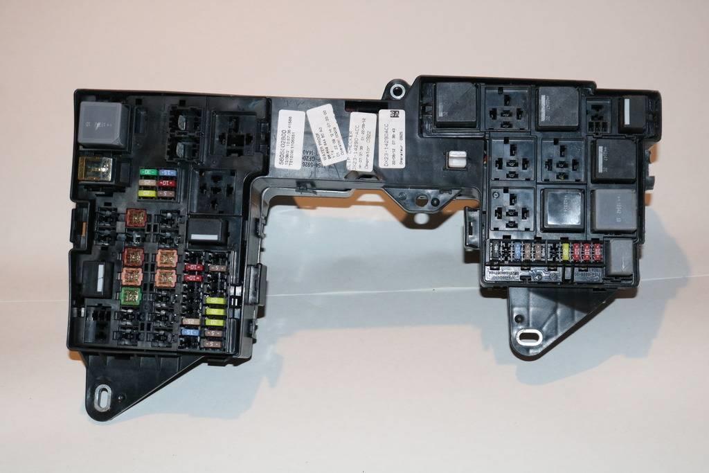 Jaguar Xf Glove Box Fuse : Jaguar xf glove box fuse wiring diagram