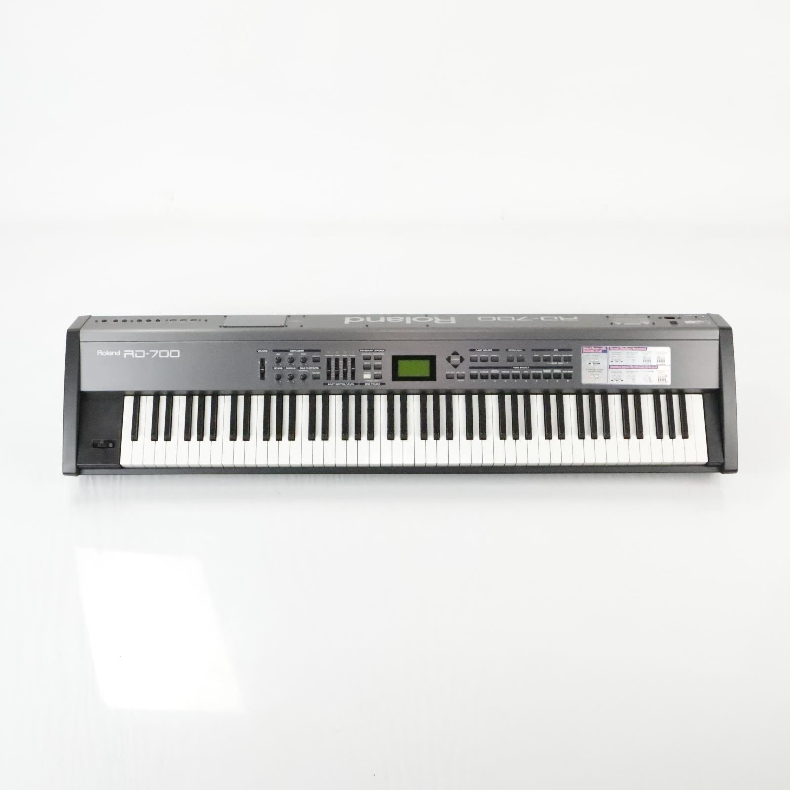 Roland RD-700 RD700 88 Key Weighted Digital Piano w/ SKB Hardshell Case #34330