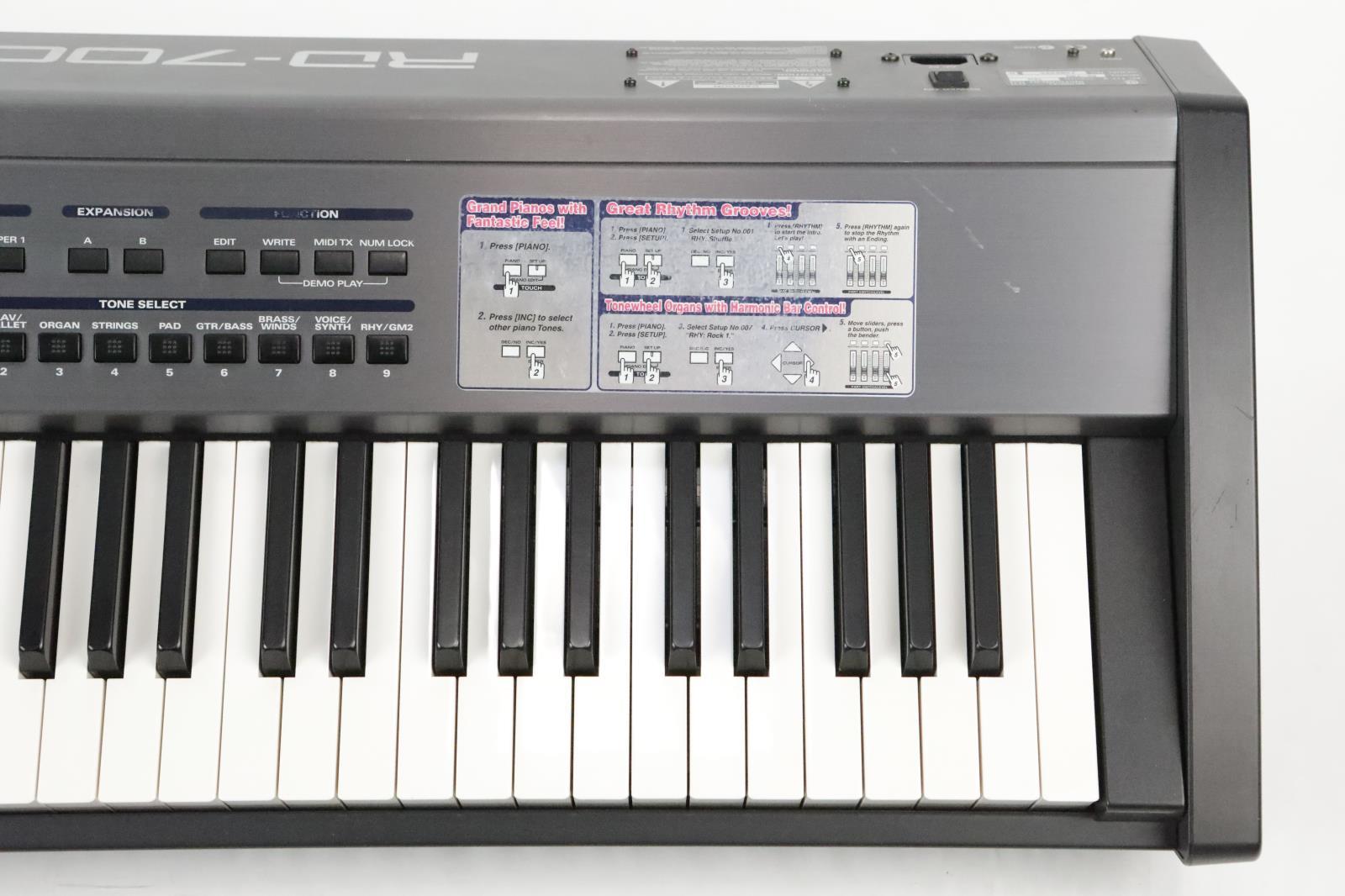 roland rd 700 rd700 88 key weighted digital piano w skb hardshell case 34330 ebay. Black Bedroom Furniture Sets. Home Design Ideas