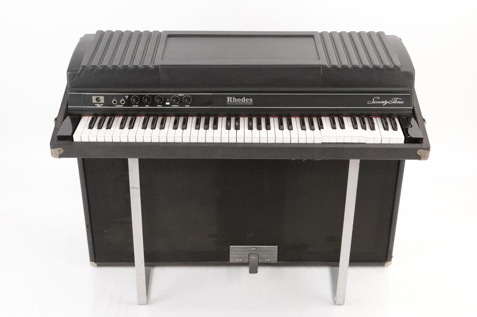 1983 Fender Rhodes Seventy Three Suitcase Electric Piano Keyboard #35052