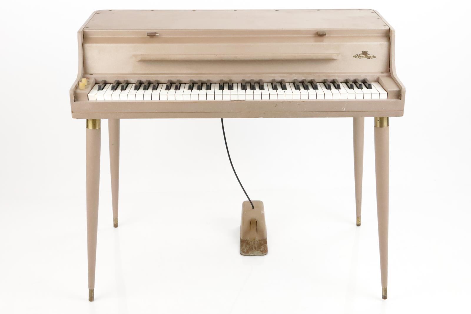 Wurlitzer Model 145B Tube Electric Piano w/ Sustain Pedal & Music Stand #35222