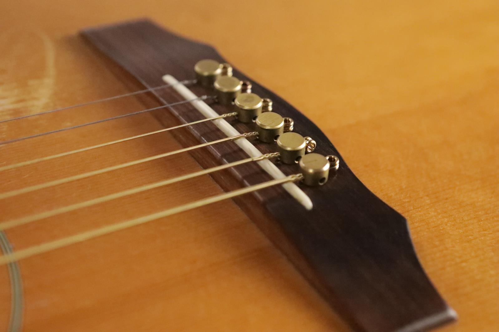 adcfee28c130 ... 1976 Guild D40C Acoustic Guitar w  Hard Shell Case   Extras D-40C D ...